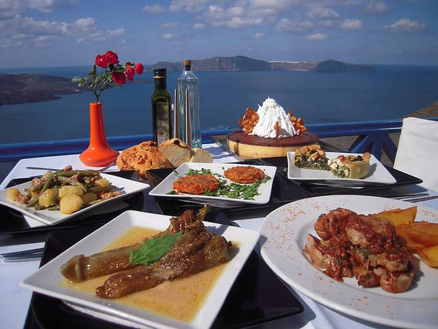Ресторан в остров Салоники у моря