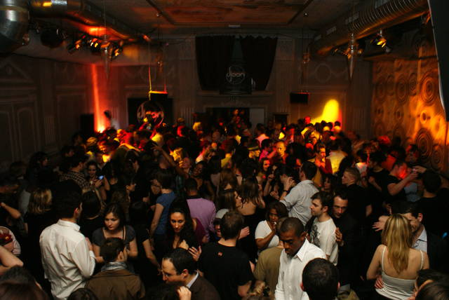 Ночном клубе париж видео дискотек москвы в клубах