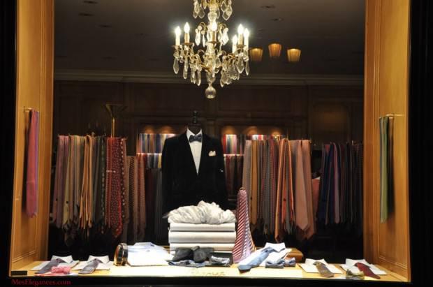 3088fb5e895 Большой ассортимент детской одежды вы найдете в магазинах Lapin House на  ул. Эрму, 21 (в самом центре города) и на ул. Анагностопулу, 2 (в районе  Колонаки).