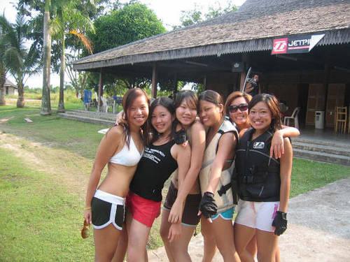 Секс туризм в индонезию батами