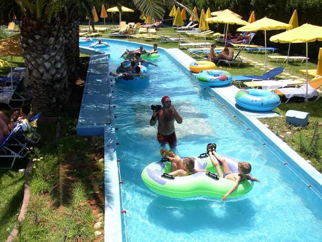 Mihanona Hotel Isle included children