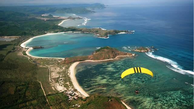 Картинки по запросу Пляжи острова Ломбок кута